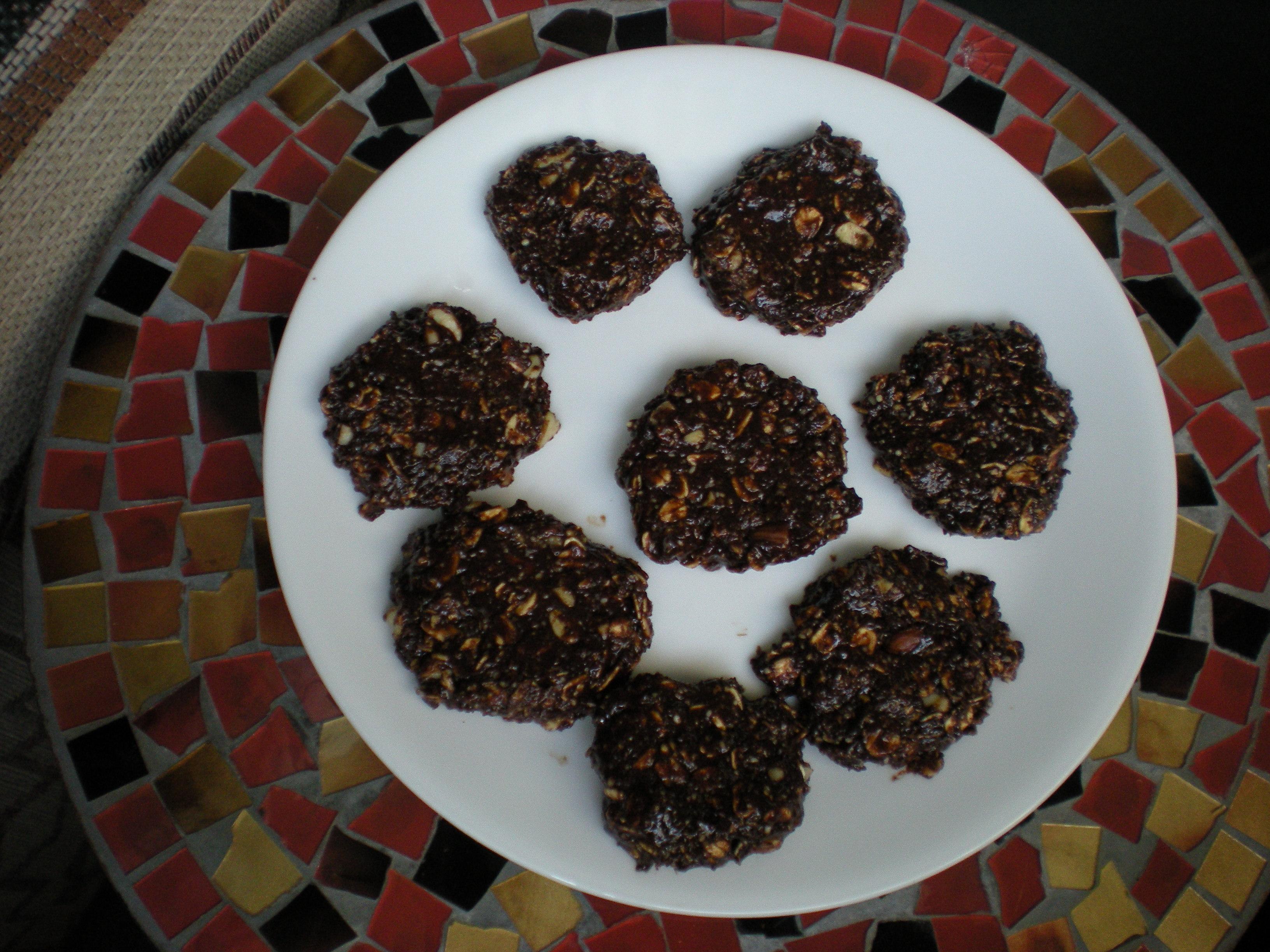 foodies 1905 Raw Chocolate Oat Cookies